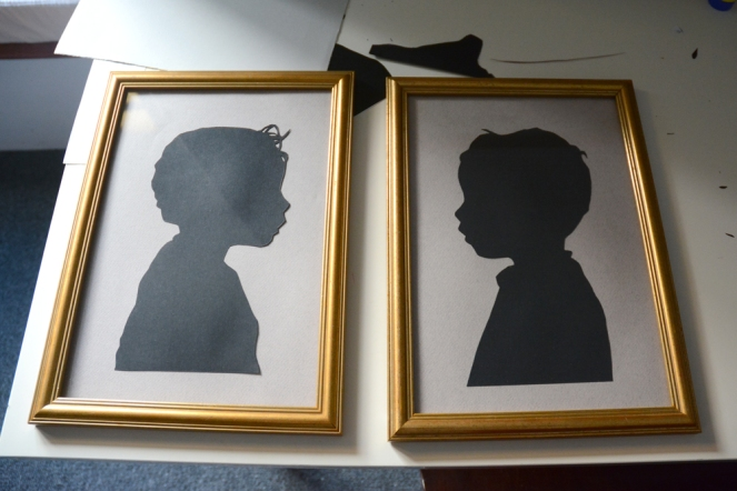 How to make Papercut Silhouette Portrait Cameos - hellovanhulst.com